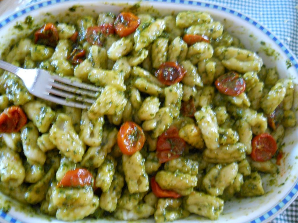 Pesto di rucola e pomodorini